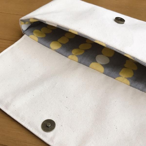帆布のハンドメイドスイッチケース